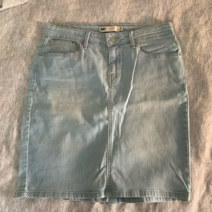 Jean skirt size 29